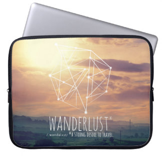 Wanderlust (hills): laptop sleeve