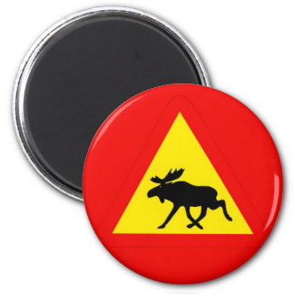 Warning of the moose magnet