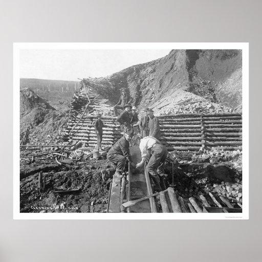 Washing Gold In Alaska 1916 Poster