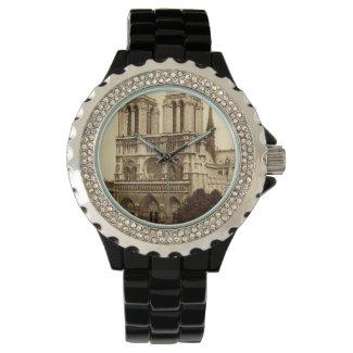 Watch - Paris, Notre-Dame