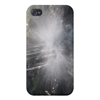 Water iPhone 4/4S Covers