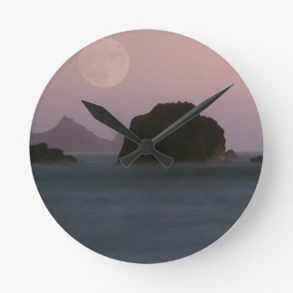 Water Moonset Rockaway Beach California Clocks