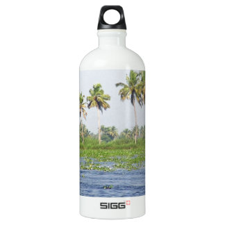 Water rippling in the coastal lagoon SIGG traveller 1.0L water bottle