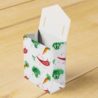 Watercolor carrots, broccoli and red peppers favour box