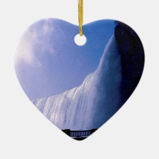 Waterfall Niagara Falls Ceramic Heart Decoration