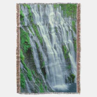 Waterfall scenic, California Throw Blanket