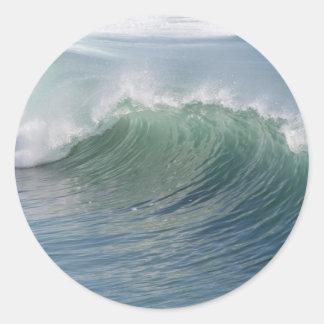 Wave break classic round sticker