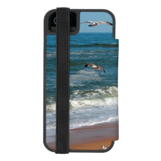 Waves Gently Rolling onto a Beach as Seagulls Fly Incipio Watson™ iPhone 5 Wallet Case