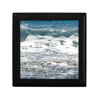 Waves Gift Box