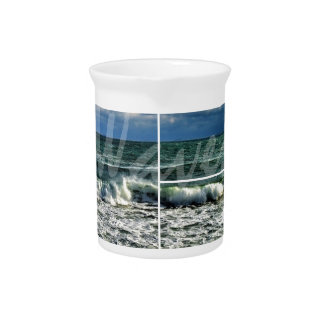 Waves Pitcher