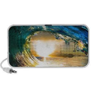 waves travelling speaker