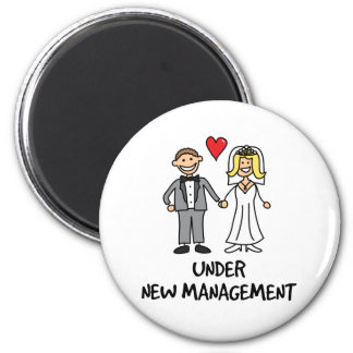 Wedding Couple - Under New Management 6 Cm Round Magnet