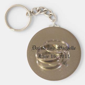 wedding date basic round button key ring