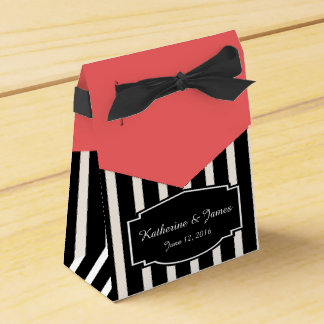 Wedding Favors; B&W Stripes w/ Rose, Custom Label Wedding Favour Box