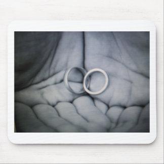 wedding rings mousepad