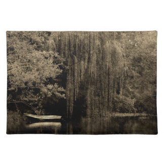 Weeping willow and boat placemats