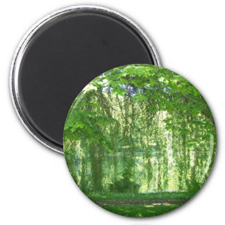 Weeping Willows with Pond 6 Cm Round Magnet