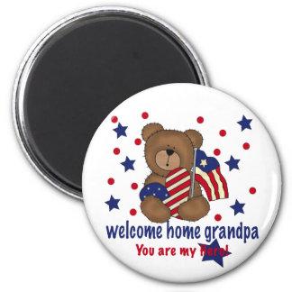 Welcome Home Grandpa Bear 6 Cm Round Magnet
