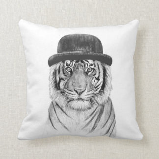Welcome to the jungle cushion