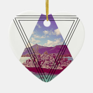 Wellcoda Coral Island Triangle Paradise Ceramic Heart Decoration