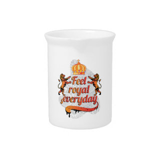 Wellcoda Feel Royal Everyday Crown Lion Pitcher