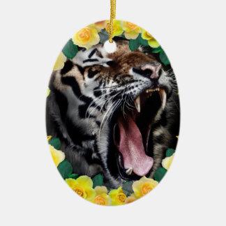 Wellcoda Flower Tiger Wild Cat Nature Law Ceramic Oval Decoration