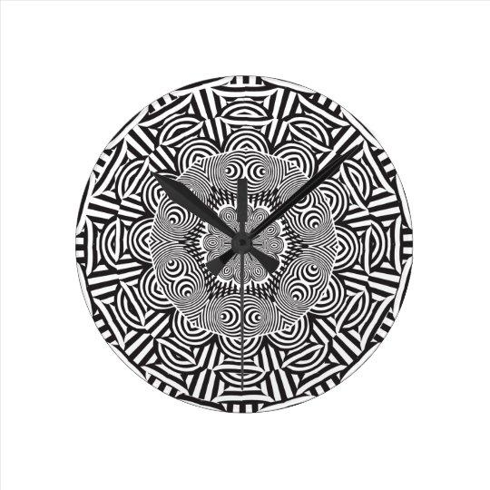 Wellcoda Indian Style Illusion Optical Round Clock