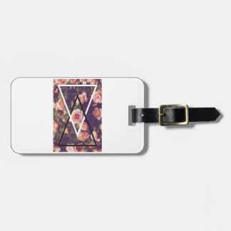 Wellcoda Romantic Rose Triangle Love Shape Luggage Tag