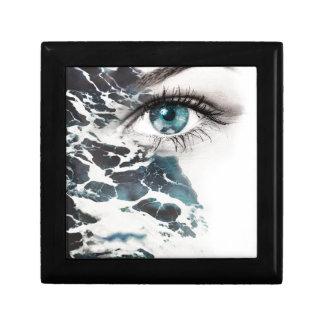 Wellcoda Sea Eye Beautiful Ocean Wave Gift Box