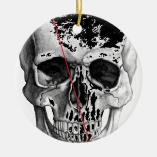 Wellcoda Skull Triangle Death Horror Face Round Ceramic Decoration