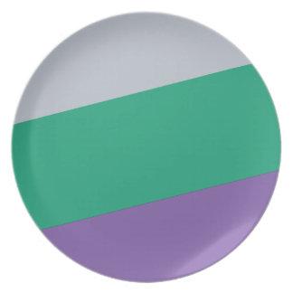 Wellcoda Three Tier Colours Holiday Fun Plate