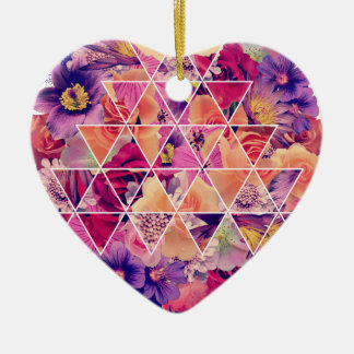 Wellcoda Triangle Shape Flower Paint Rose Ceramic Heart Decoration