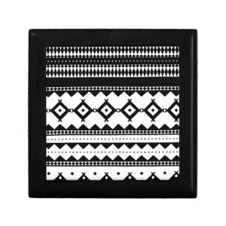 Wellcoda Tribal Style Design Pattern Asia Gift Box