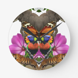 Wellcoda Wild Animal Paradise Pearl Clam Clocks