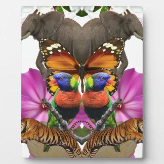 Wellcoda Wild Animal Paradise Pearl Clam Plaque