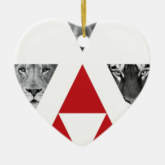 Wellcoda Wild Dangerous Animals Wildlife Ceramic Heart Decoration
