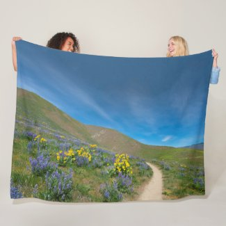 Western Spring Bloom Fleece Blanket