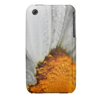 Wet Daisy Macro iPhone 3 Cover