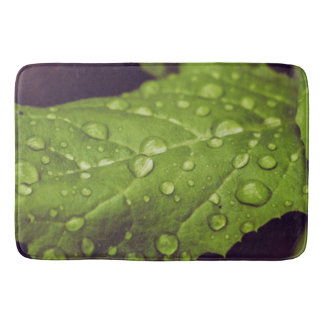 Wet leafs bath mat