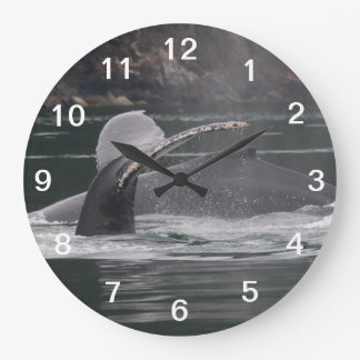 whales wallclock