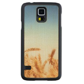Wheat field against blue sky maple galaxy s5 case