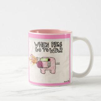 When pigs go to war Mug