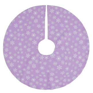 White 3-d snowflakes on a lilac background brushed polyester tree skirt