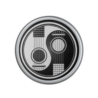 White and Black Acoustic Guitars Yin Yang Speaker