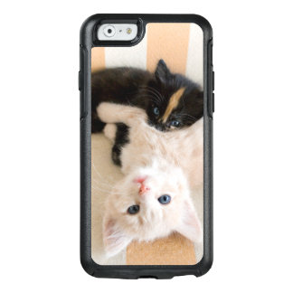 White And Black Kittens OtterBox iPhone 6/6s Case