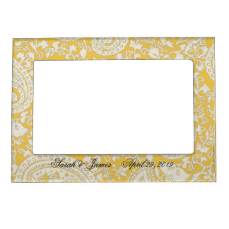 White and gold indian damask frame magnets