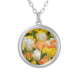 White and yellow tulips round pendant necklace