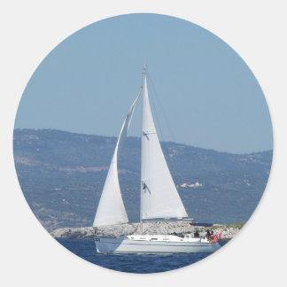 White Beneteau Sloop Classic Round Sticker