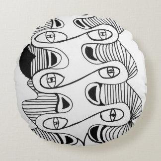 White Black Round Cushion
