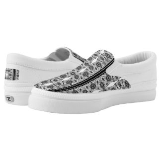 White & Black Vintage Lace Pattern Slip On Shoes